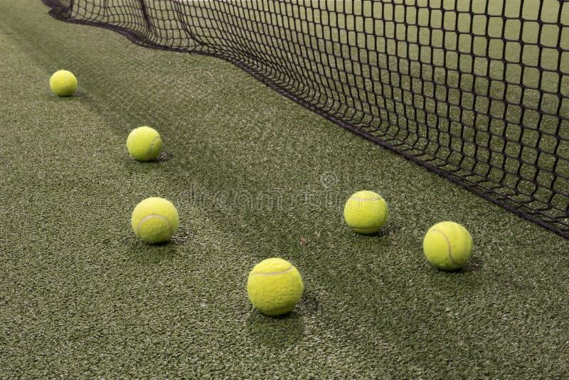Paddle piłka w astroturf sądzie zdjęcie royalty free