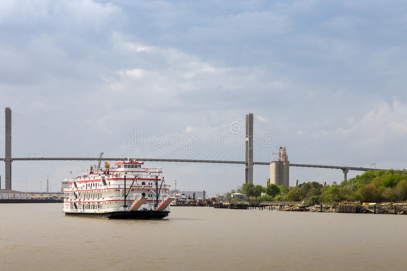Paddlewheel Boat Cruise on Savannah River. Savannah, GA - March 27, 2017: The Georgia Queen is an 1800s style paddlewheel riverboat and tourist attraction in stock photos