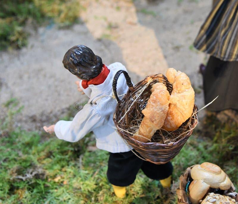 Padeiro medieval Figurine da vila imagens de stock