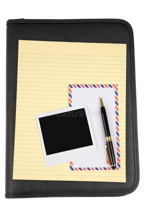 Padfolio und Briefpapier lizenzfreie stockbilder
