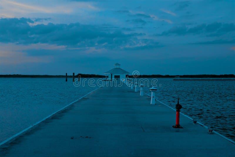 Padiglione dell'acqua sulla baia di Chesapeake a Cambridge Maryland fotografia stock libera da diritti