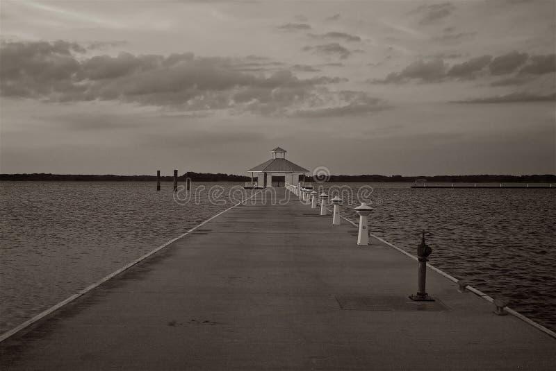 Padiglione dell'acqua sulla baia di Chesapeake a Cambridge Maryland fotografie stock libere da diritti