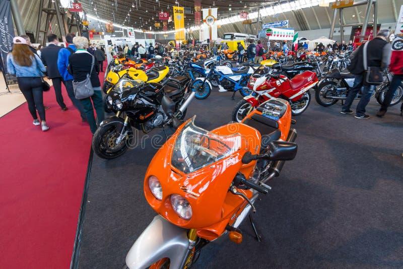 Padiglione della sezione Motoclub degli amici Laverda (Laverda Freunde Rohrdorf) immagini stock