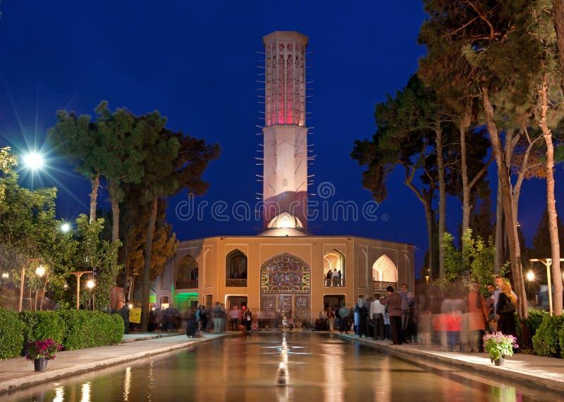 Padiglione illuminato di Dolat Abad alla notte fotografia stock