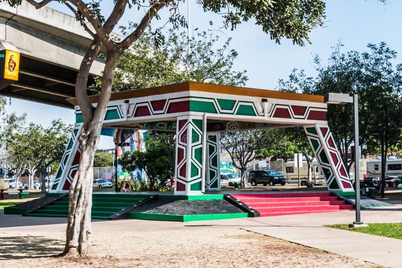 Padiglione/Kiosko del parco del Chicano in quartiere ispanico Logan immagini stock libere da diritti