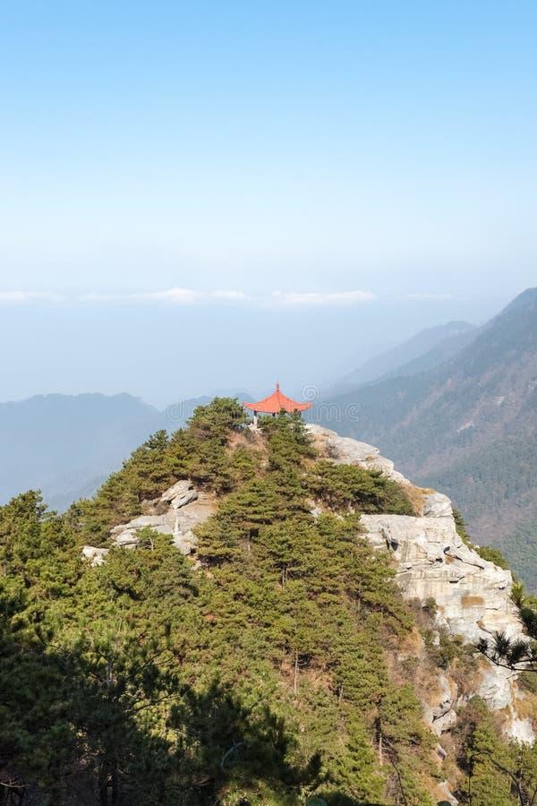 Padiglione tradizionale sul Monte Lushan fotografia stock libera da diritti