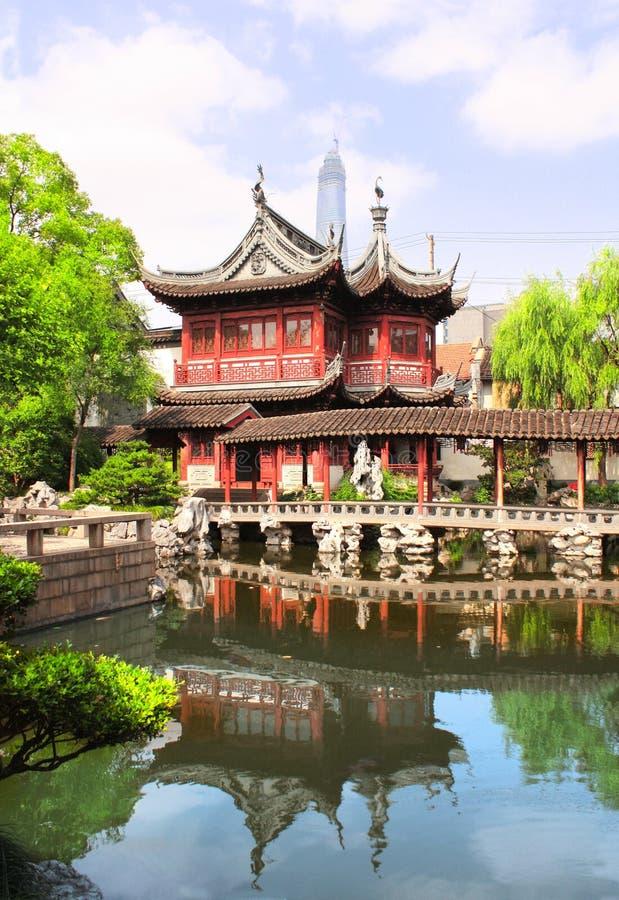 Padiglione in Yu Yuan Gardens, Shanghai, Cina immagine stock