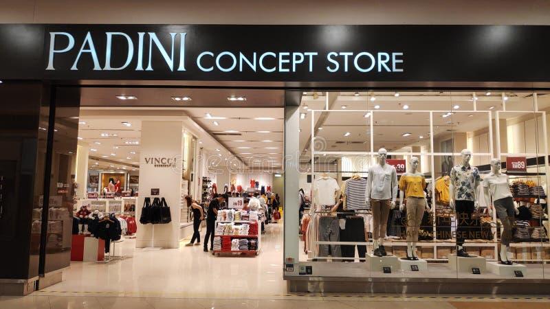Padini pojęcia sklep w Johor Bahru, Malezja zdjęcia stock