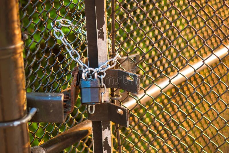 Download Padlock on wire fence stock photo. Image of sicherheit - 27980502
