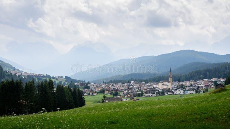 Padola, uma vila pequena imagem de stock