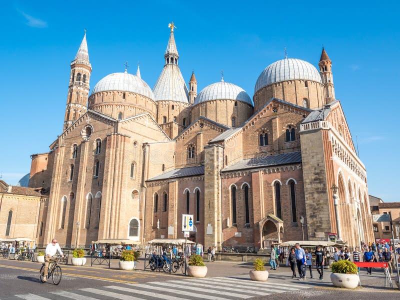PADOUE, ITALIE - 28 avril 2018 : Façade de la basilique de St Anthony à Padoue, Italie image libre de droits