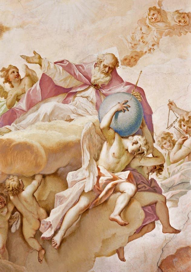 PADOUE, ITALIE - 8 SEPTEMBRE 2014 : Le père de l'éternité Fresque sur l'abside principale des Di Santa Giustina de basilique images libres de droits