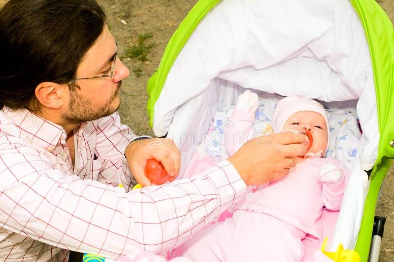 Padre con il bambino fotografia stock