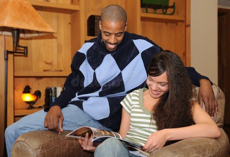 Padre e figlia dell'afroamericano immagini stock libere da diritti