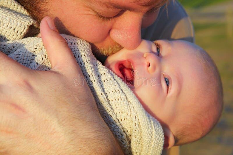 Padre e hijo. imagen de archivo libre de regalías