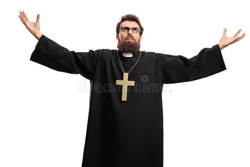 Padre que olham acima e braços de espalhamento fotos de stock