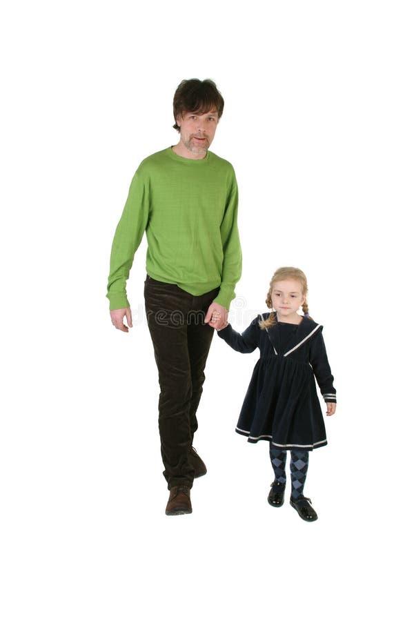 Padre que recorre con la hija foto de archivo libre de regalías