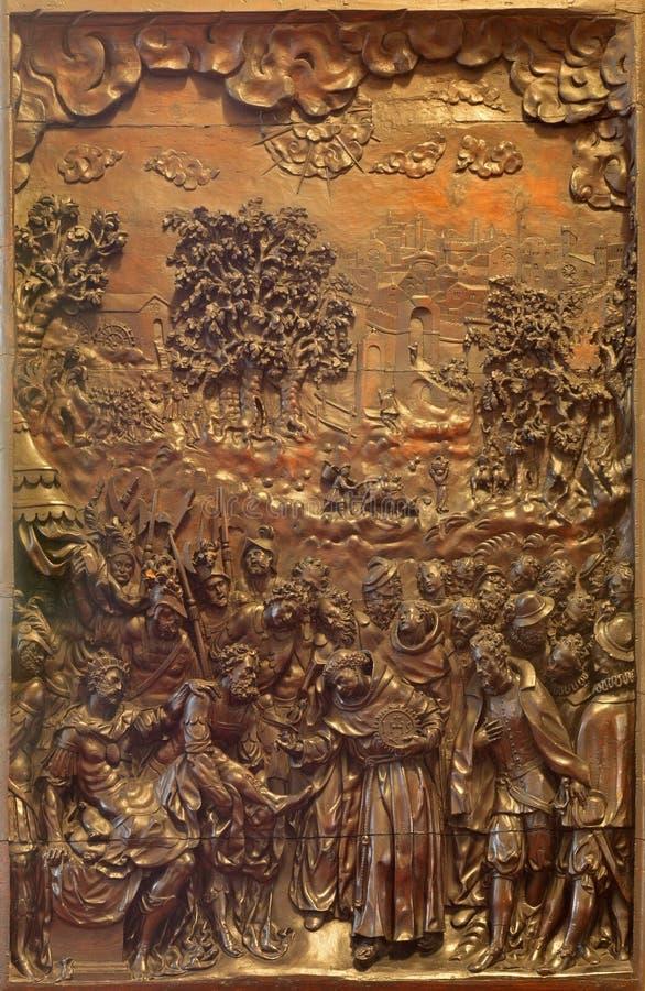 Padua - alivio de la escena como St Bernard que cura al rey por G B Vian (Vianino) a partir del 16 centavo en la iglesia de San N imágenes de archivo libres de regalías