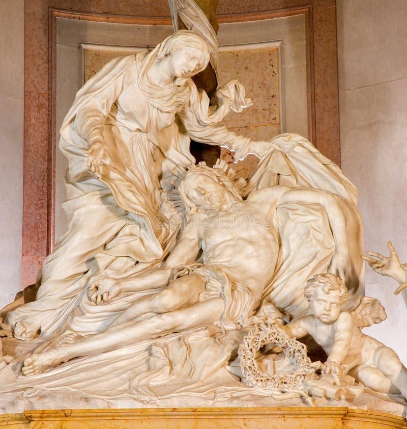 Padua - Pieta statie Filippo Parodi w chruch bazylice Di Santa Giustina (1689) obraz stock