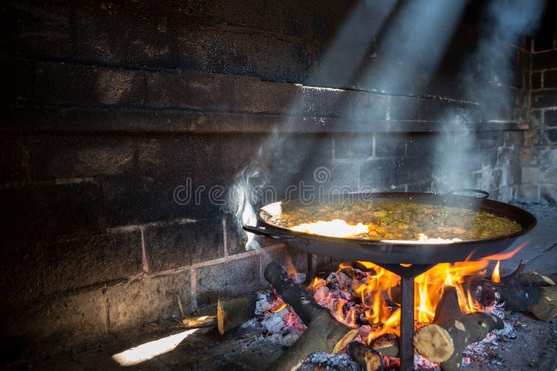 Paella и свет стоковые фото