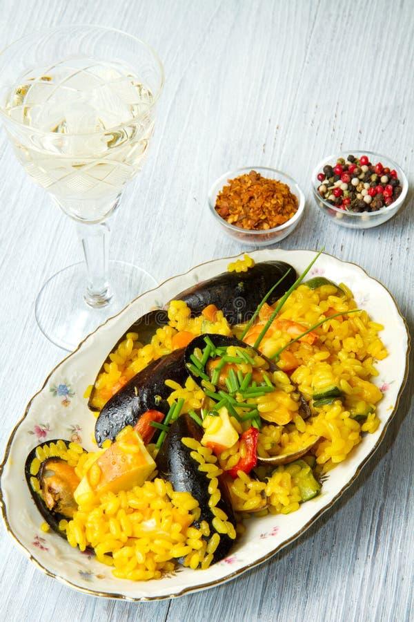 paella рыб стоковое фото