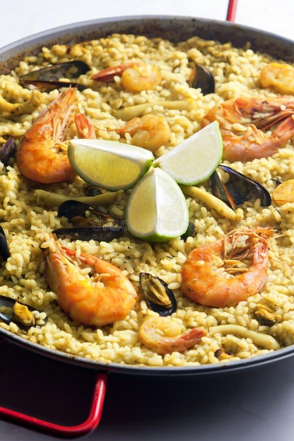 Paella con frutti di mare fotografia stock libera da diritti