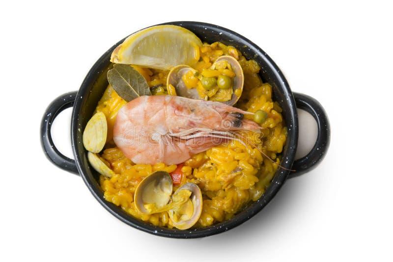 Paella kleine, typische Spaanse rijst met zeevruchten in individuele po royalty-vrije stock foto