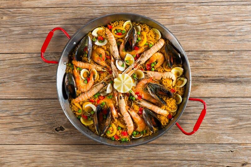 Paella met zeevruchten en groenten royalty-vrije stock foto