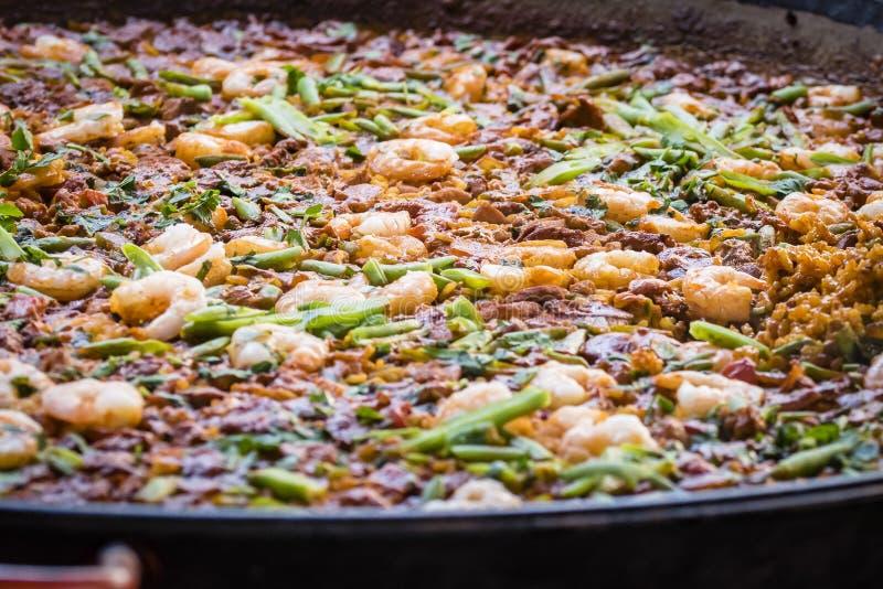 Paellateller mit Garnele, Nahaufnahme lizenzfreie stockfotografie
