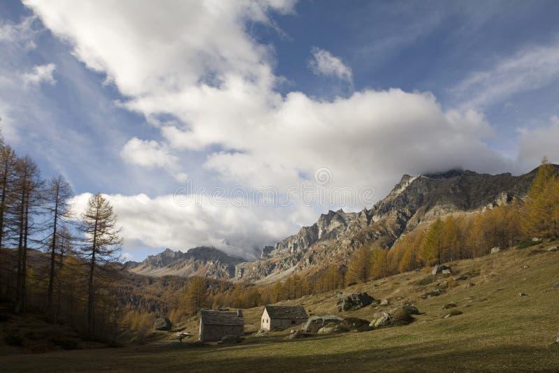 Paesaggi della montagna immagini stock
