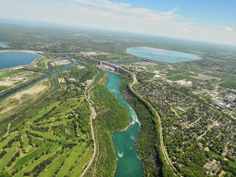 Paesaggi della primavera in cascate del Niagara immagine stock