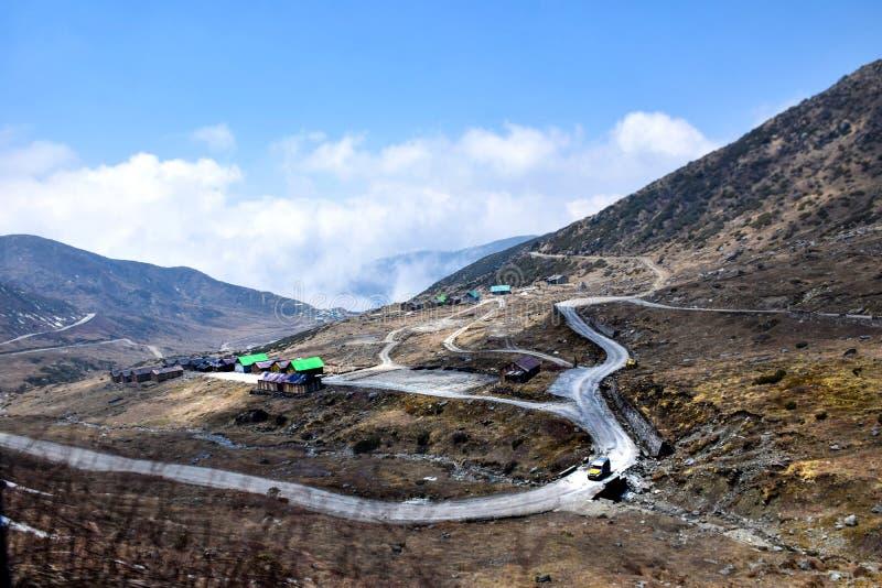 Paesaggi della valle di Nathang, Sikkim orientale, India immagini stock libere da diritti