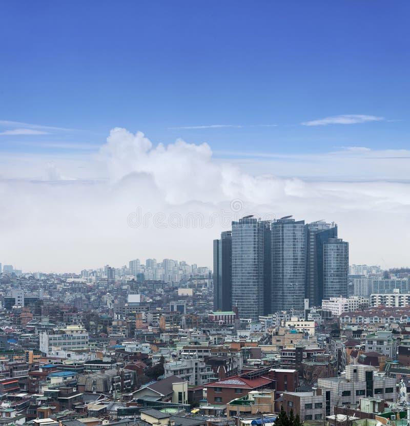 Paesaggi urbani di Seoul, orizzonte, edificio per uffici e grattacieli in Se fotografia stock