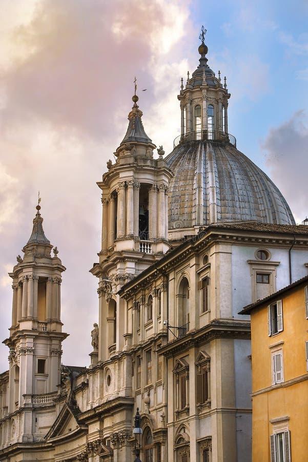 Paesaggi urbani storici di Roma magnifica immagini stock