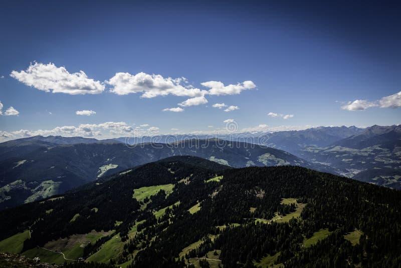 Paesaggio Aereo Del Pendio Di Collina Verde Dominio Pubblico Gratuito Cc0 Immagine