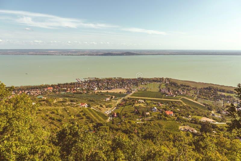 Paesaggio aereo per il Balaton in Ungheria fotografia stock libera da diritti