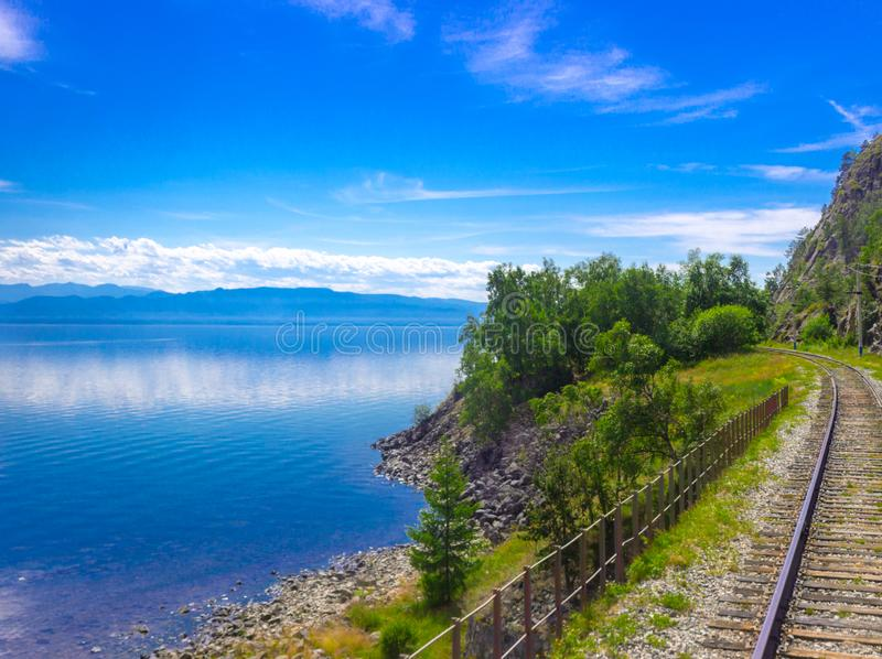 Paesaggio con il lago Baikal immagine stock libera da diritti
