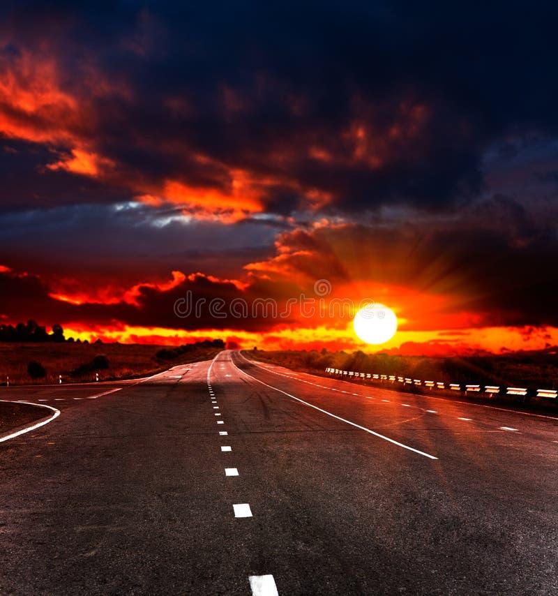 Paesaggio con la strada immagine stock