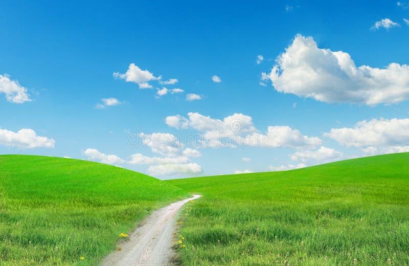 Paesaggio con una strada immagine stock