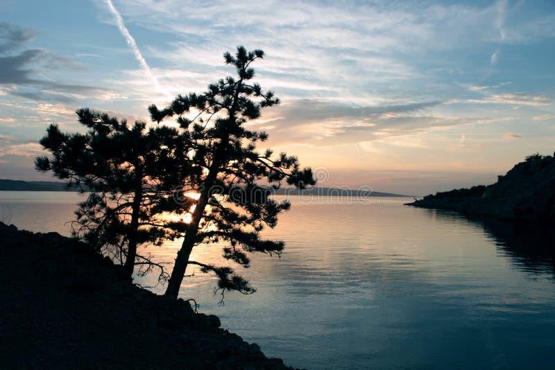 Paesaggio dalla spiaggia croata immagine stock libera da diritti