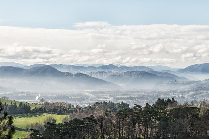 Paesaggio del Apennines, Italia fotografia stock