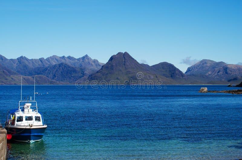 Paesaggio del mare dell'isola di Skye immagine stock libera da diritti