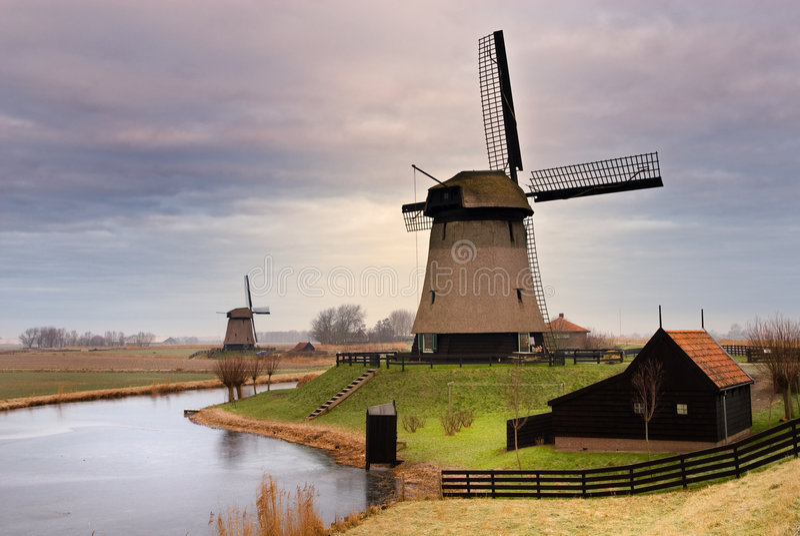 Paesaggio del mulino a vento fotografia stock