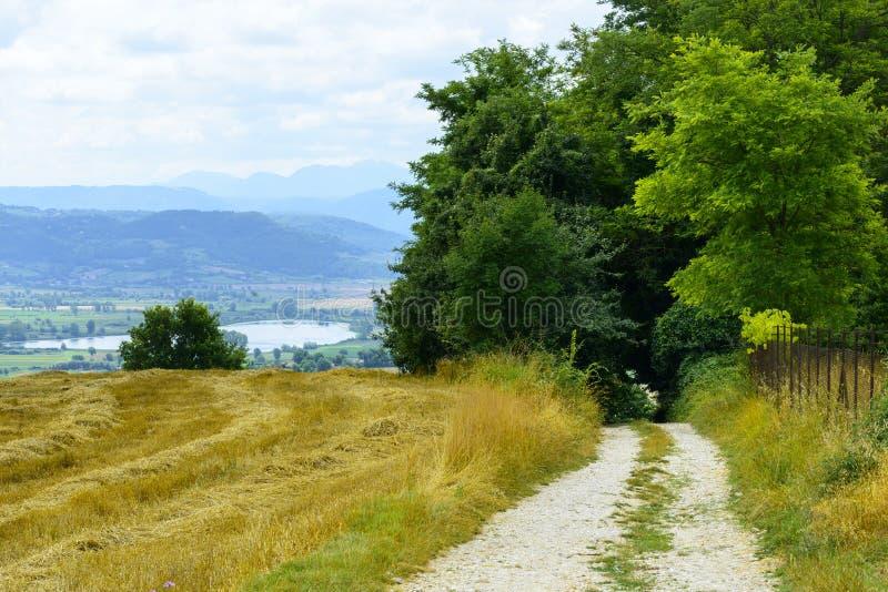 Paesaggio del paese nel Lazio (Italia) immagini stock