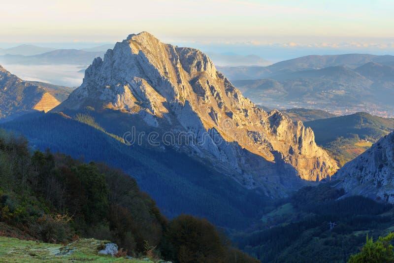 Paesaggio del parco naturale di Urkiola in Spagna immagine stock libera da diritti