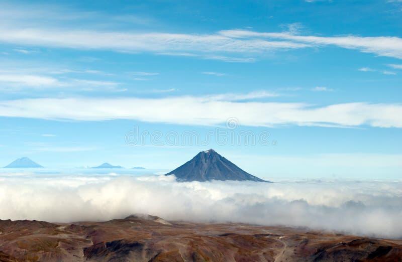 Paesaggio del vulcano su Kamchatka immagine stock