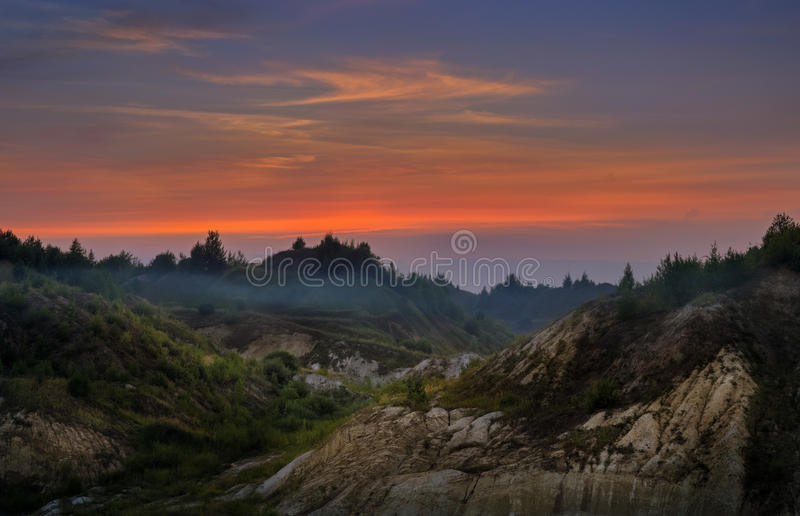 Paesaggio dell'altopiano alla luce di tramonto fotografie stock