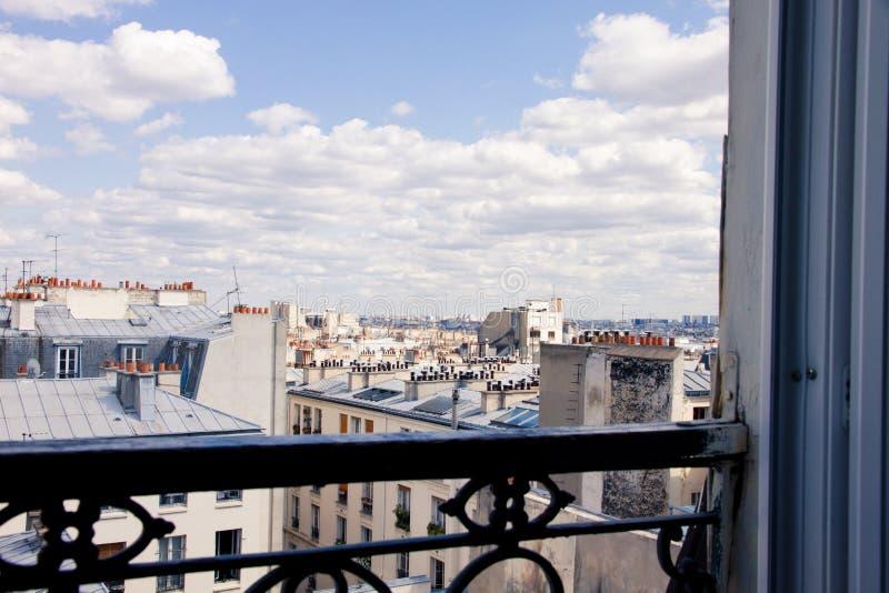 Paesaggio della finestra di Parigi fotografie stock libere da diritti