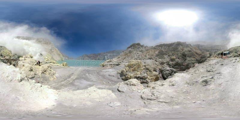 Paesaggio della montagna con il lago vr360 del cratere immagine stock libera da diritti
