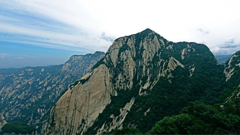 Paesaggio della montagna di Huashan in Xiyue fotografie stock libere da diritti
